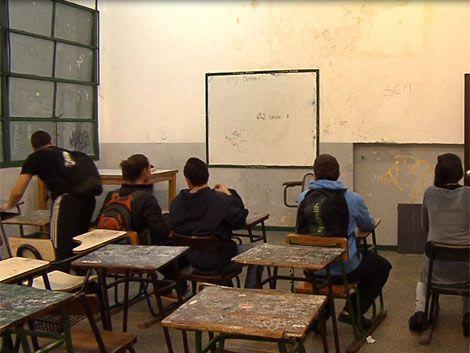 liceo-bancos-alumnos-liceales@20111124091813