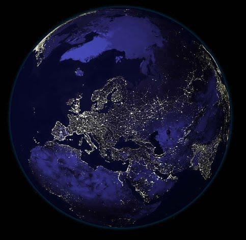 tierra-iluminada-de-noche
